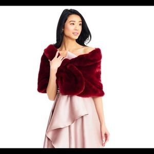 Brand new with tags Adrianna Papell fur wrap